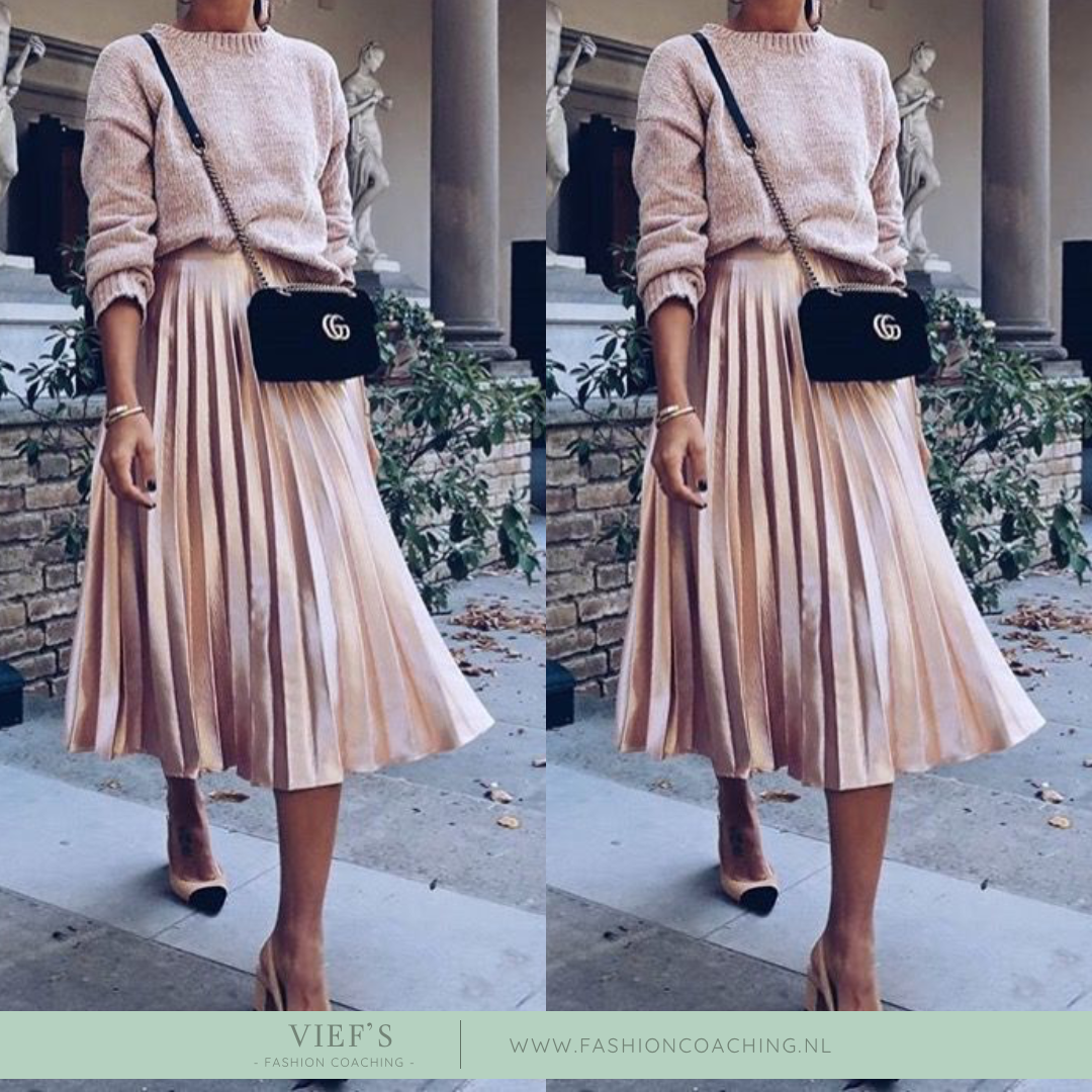 8 Trends Fall 2021 – Pleated Skirt